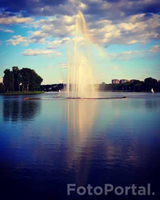 Tęcza na fontannie