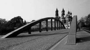 Most Jordana z Katedrą w tle