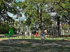 Wyginaj śmiało ciało :) Park Drwęskich