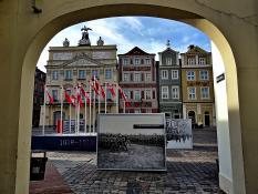 Stary Rynek przed Świętem Niepodległości