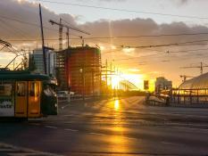 Wschód słońca na Moście Dworcowym