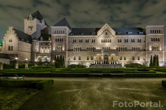 Zamek Cesarski Nocą