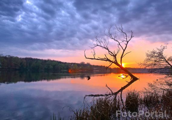 Zachód słońca nad Rusałką