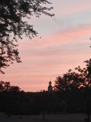 Park Jana Pawła II o zachodzie słońca