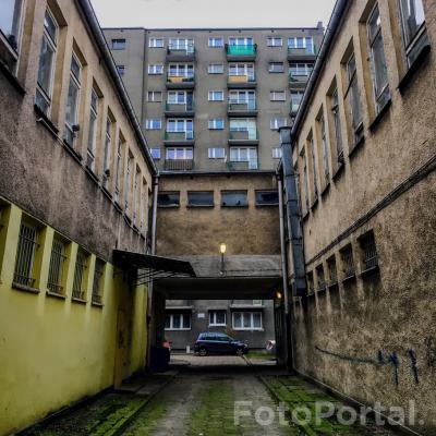 Dąbrowskiego 140 z Szamotulską 100 w tle