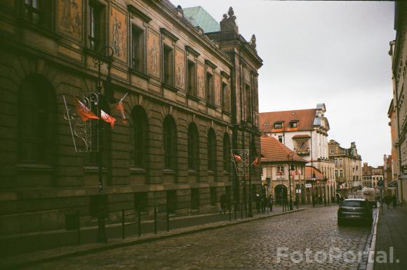 Świętowanie wybuchu Powstania Wielkopolskiego na ulicy I. J. Paderewskiego. #byanalog