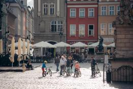 Rowerzyści na Starym Rynku