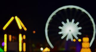 Nocna synteza na Placu Wolności.